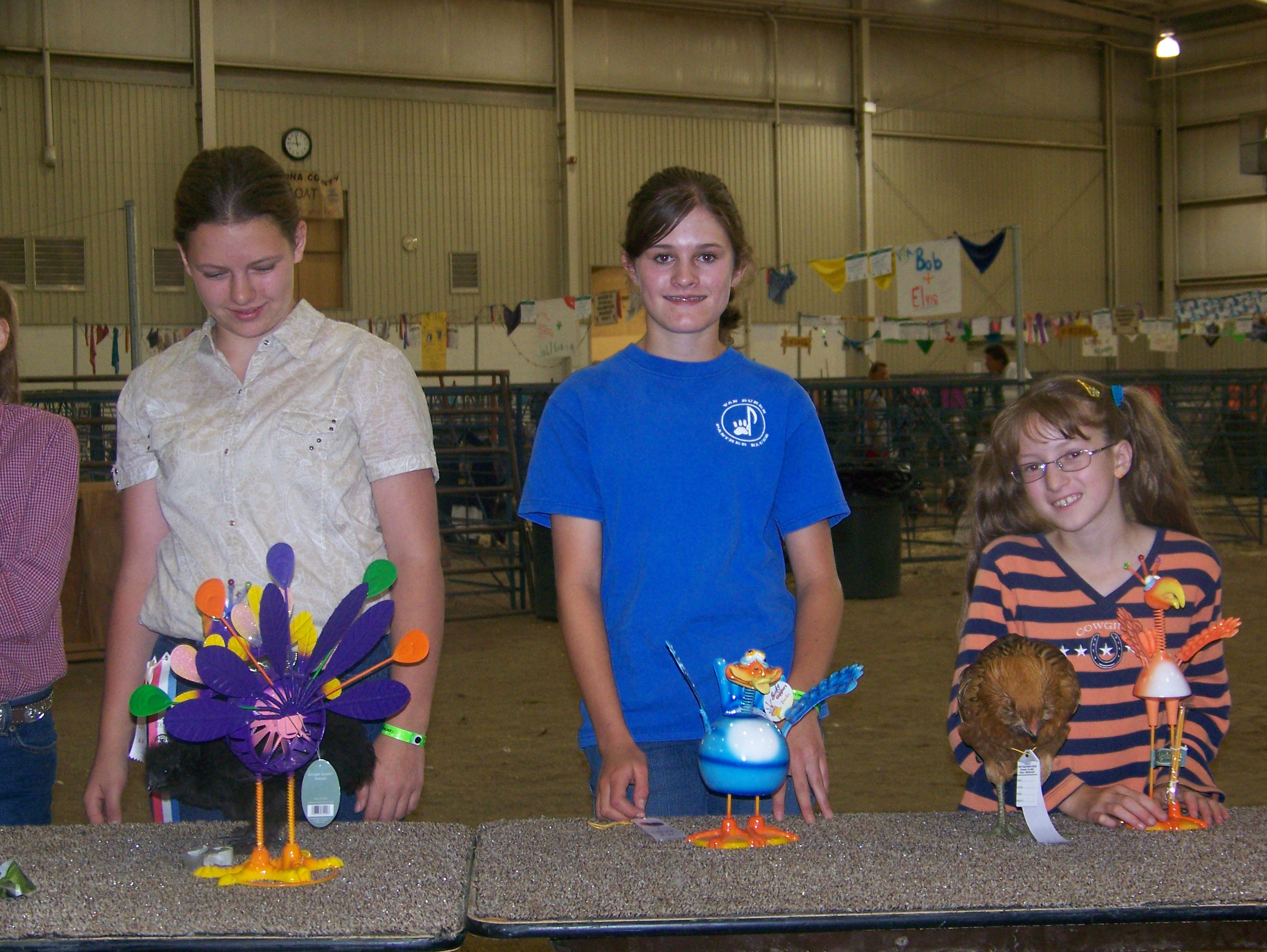 Children with decorated turkeys.